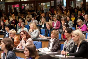 Rund 6.000 Besucherinnen kamen auf die women&work am 24. Mai in Bonn.